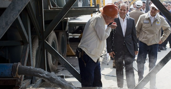 Mexico Water Commission chief resigns over helicopter flap